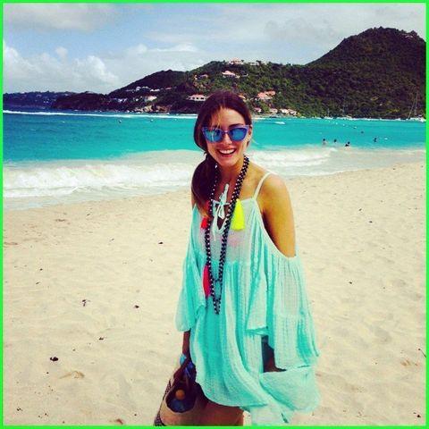Body of water, Eyewear, Coastal and oceanic landforms, Green, Tourism, Sunglasses, Aqua, Turquoise, Summer, Coast,