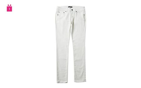 White, Clothing, Jeans, Trousers, Pocket, Denim, Active pants, Sportswear, Sleeve,