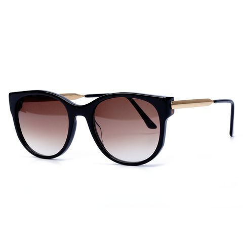 Eyewear, Sunglasses, Glasses, Personal protective equipment, Brown, aviator sunglass, Vision care, Transparent material, Goggles, Eye glass accessory,