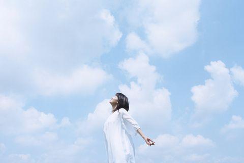 Sky, White, Cloud, Standing, Photography, Neck, Dress, Landscape, Plant, Happy,
