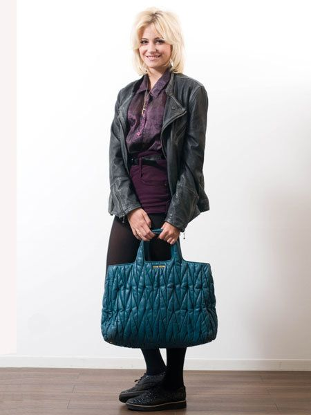 Clothing, Brown, Sleeve, Shoulder, Bag, Textile, Joint, Outerwear, Style, Collar,