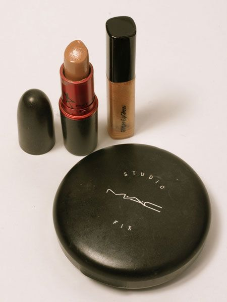 Brown, Pink, Cosmetics, Lipstick, Tints and shades, Beige, Peach, Maroon, Material property, Circle,