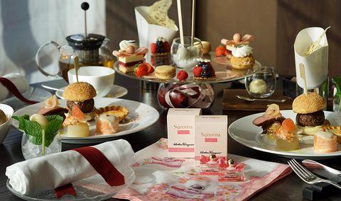 Serveware, Cuisine, Food, Sweetness, Dishware, Dish, Dessert, Tableware, Finger food, Ingredient,