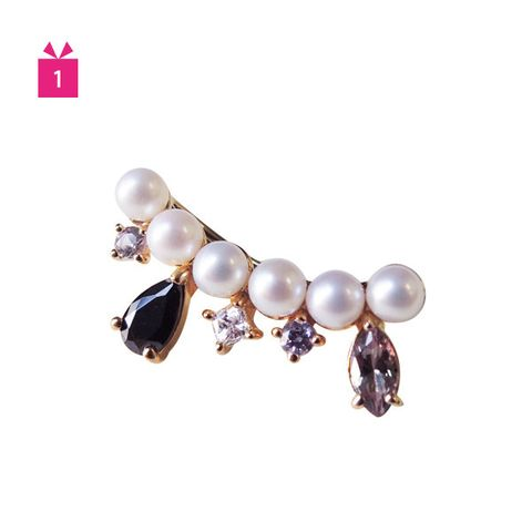 Brown, Jewellery, Fashion accessory, Body jewelry, Lavender, Natural material, Violet, Purple, Pearl, Earrings,