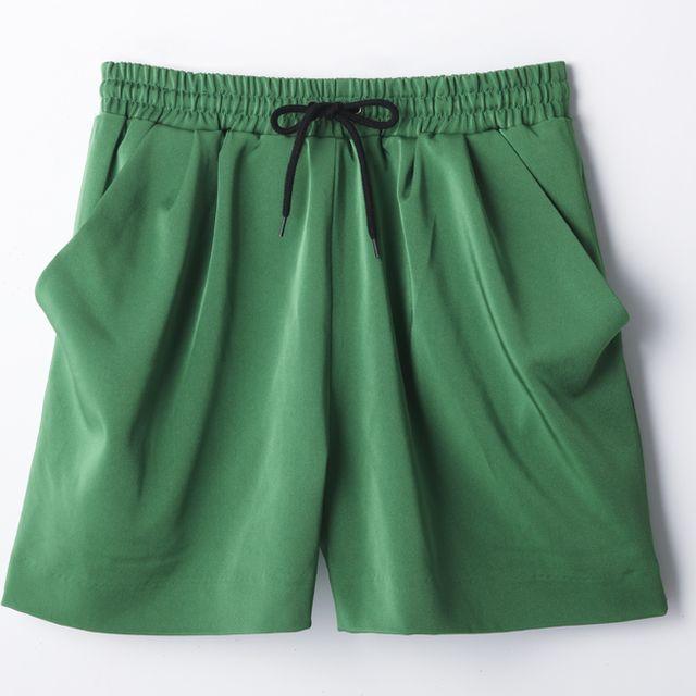 Green, Textile, Teal, Aqua, Turquoise, Electric blue, Pocket, Waist, Active shorts, Fashion design,