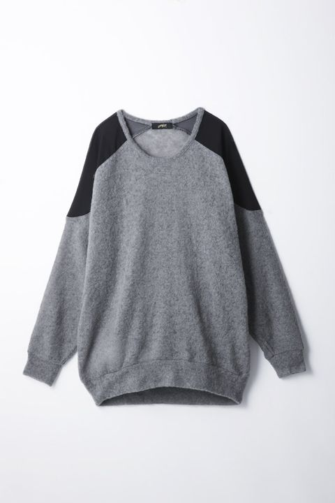 Product, Sleeve, White, Fashion, Neck, Black, Grey, Active shirt, Top, Long-sleeved t-shirt,