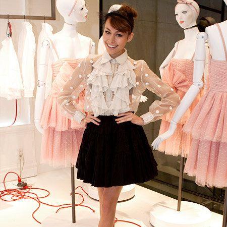 Sleeve, Style, Formal wear, Waist, Fashion, Dress, Embellishment, One-piece garment, Day dress, Costume design,