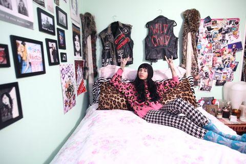 Room, Textile, Bed, Bedding, Bedroom, Pink, Linens, Purple, Bed sheet, Magenta,