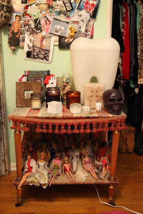 Room, Interior design, Picture frame, Collection, Clothes hanger, Porcelain, Bottle, Closet, Ceramic, Home accessories,