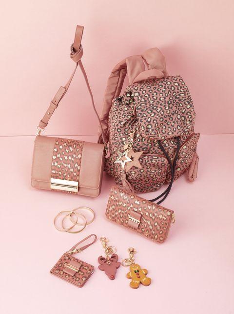 Brown, Bag, Pattern, Shoulder bag, Tan, Fawn, Beige, Peach, Natural material, Strap,