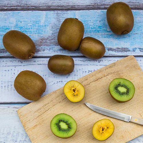Wood, Food, Fruit, Plant, Kiwifruit, Cutting board, Vegetable, Button,
