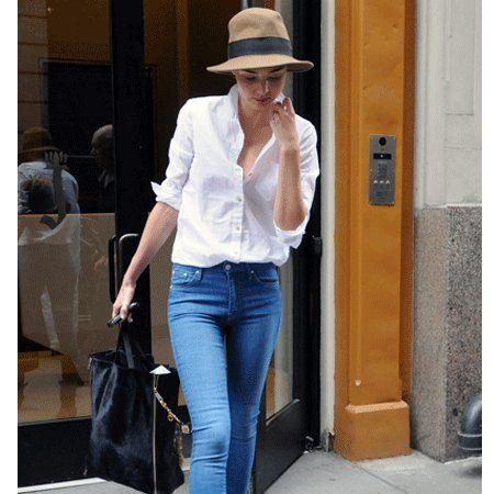 Clothing, Leg, Hat, Brown, Trousers, Denim, Jeans, Shoulder, Textile, Joint,