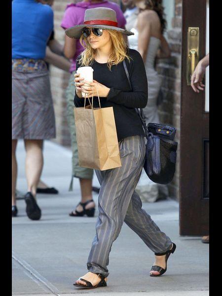 Clothing, Footwear, Leg, Human leg, Bag, Outerwear, Fashion accessory, Hat, Style, Street fashion,