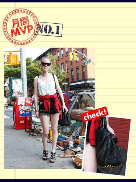 Eyewear, Sunglasses, Bag, Fashion accessory, Street fashion, Luggage and bags, Logo, Goggles, Signage, Handbag,