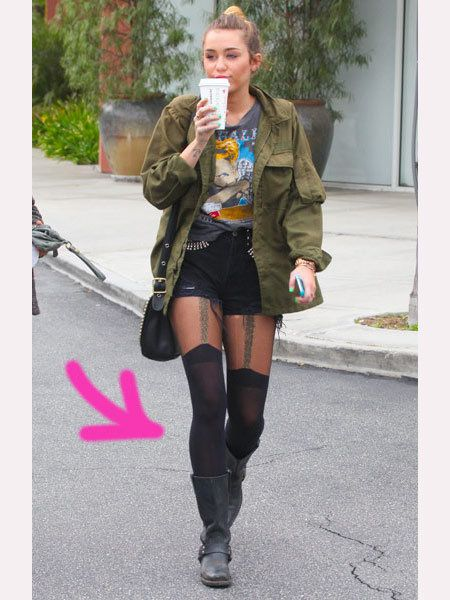 Textile, Outerwear, Style, Street fashion, Jacket, Knee, Bag, Tights, Thigh, Boot,