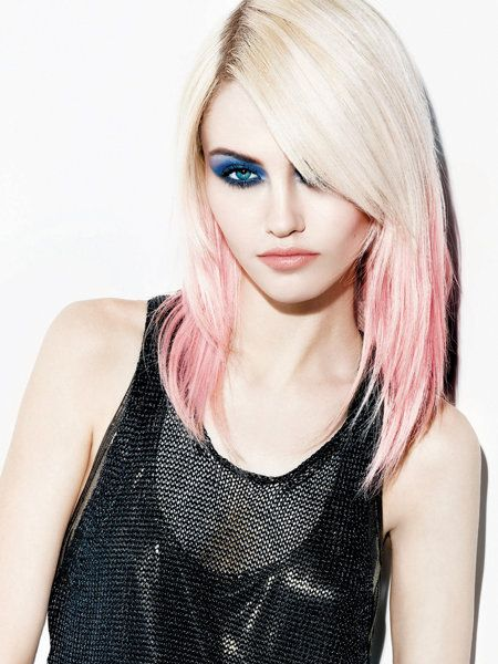 Lip, Hairstyle, Shoulder, Style, Eyelash, Step cutting, Beauty, Long hair, Neck, Blond,