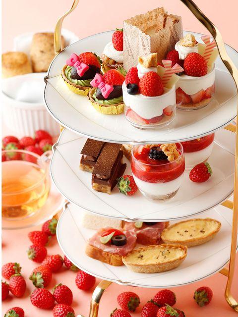 Dish, Food, Cuisine, Ingredient, Dessert, Frozen dessert, Finger food, Strawberry, Baked goods, Produce,