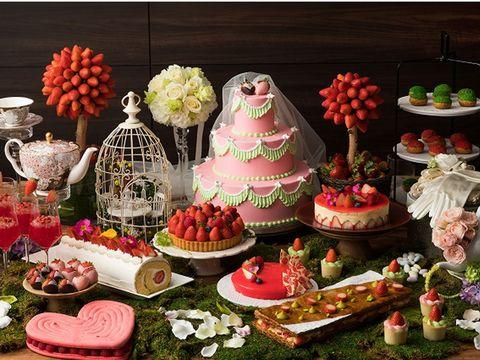 Food, Sweetness, Dessert, Cuisine, Cake, Cake decorating, Pasteles, Buffet, Finger food, Meal,
