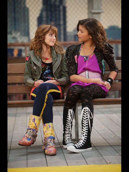 Clothing, Footwear, Leg, Trousers, Outerwear, Coat, Style, Fashion accessory, Street fashion, Jacket,