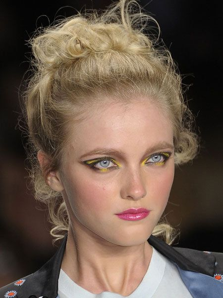 Hair, Nose, Mouth, Lip, Eye, Hairstyle, Chin, Forehead, Eyebrow, Eyelash,
