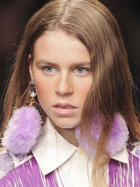 Earrings, Lip, Hairstyle, Eyebrow, Purple, Lavender, Eyelash, Violet, Feather, Fashion,