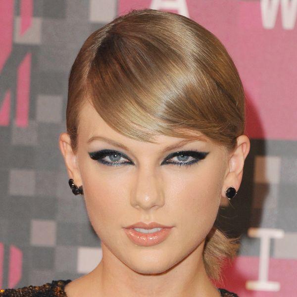 Hair, Head, Nose, Mouth, Lip, Eye, Hairstyle, Chin, Eyelash, Forehead,