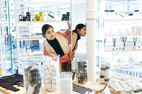 Service, Bag, Customer, Selling, Cooking, Apron, Shelf, Homemaker,