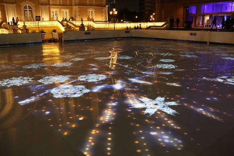 Water, Light, Night, Lighting, Reflection, Architecture, Floor, City, Flooring, Water feature,