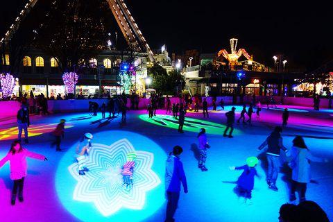 Ice rink, Ice skating, Light, Lighting, Skating, Night, Recreation, Fun, Leisure, Event,