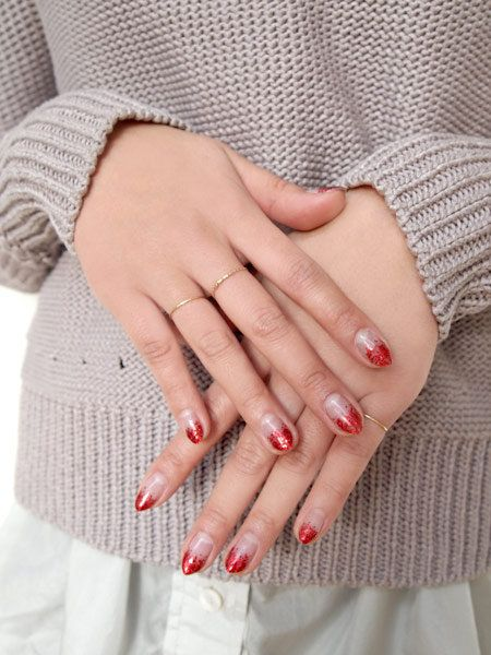 Finger, Hand, Nail, Wrist, Jewellery, Nail care, Interaction, Ring, Pattern, Fashion,