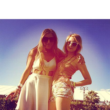 Clothing, Eyewear, Vision care, Glasses, Sunglasses, Happy, Summer, People in nature, Fashion accessory, Beauty,