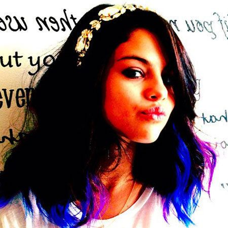 Lip, Hairstyle, Sleeve, Skin, Chin, Forehead, Eyebrow, Jaw, Black hair, Beauty,