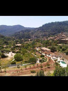 Vegetation, Nature, Mountainous landforms, Natural landscape, Property, Hill, Neighbourhood, Landscape, Plant community, Highland,