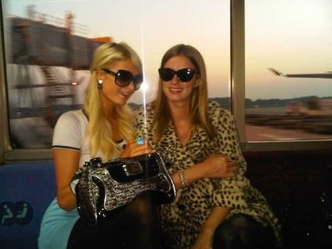 Eyewear, Glasses, Vision care, Sunglasses, Outerwear, Fashion accessory, Bag, Sitting, Street fashion, Travel,