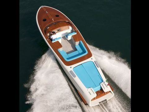Mode of transport, Transport, Watercraft, Speedboat, Boat, Naval architecture, Ship, Boats and boating--Equipment and supplies, Boating, Water transportation,