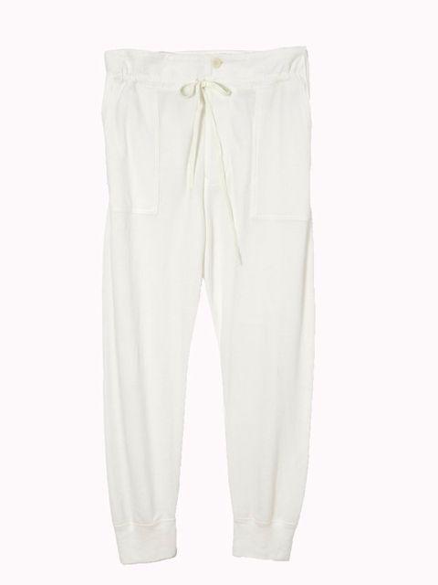 Trousers, Textile, White, Pocket, Active pants, Beige, Active shorts, Suit trousers, Bermuda shorts, Fashion design,