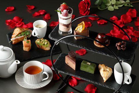 Serveware, Dishware, Drinkware, Tableware, Food, Cup, Ingredient, Cuisine, Petal, Coffee cup,
