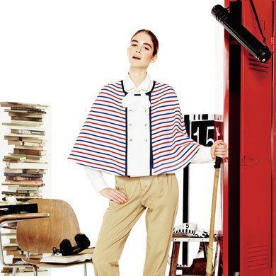 Collar, Sleeve, Dress shirt, Style, Fashion, Street fashion, Bag, Knee, Fashion design, Shelf,