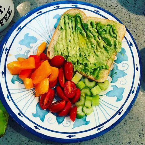 Food, Dishware, Serveware, Tableware, Plate, Cuisine, Leaf vegetable, Vegan nutrition, Produce, Ingredient,