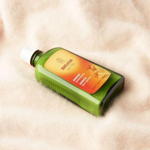 Liquid, Fluid, Green, Bottle, Bottle cap, Glass bottle, Packaging and labeling, Solution, Label, Personal care,