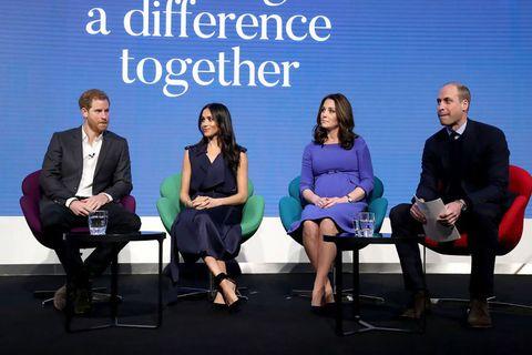 Event, Conversation, Collaboration, Businessperson, Team, Company, White-collar worker, Sitting, Employment, Job,
