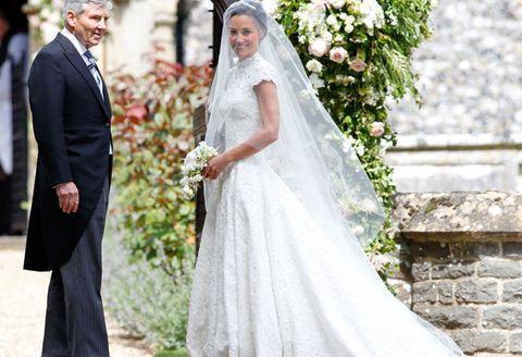 Wedding dress, Bride, Gown, Veil, Photograph, Dress, Bridal clothing, Clothing, Bridal veil, Bridal accessory,
