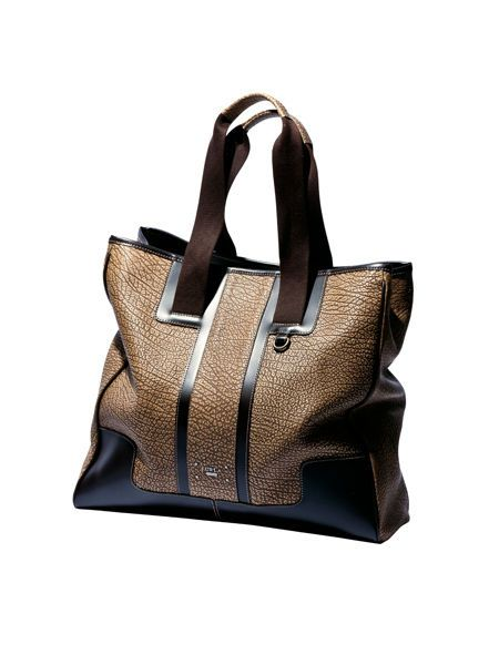 Brown, Bag, Style, Fashion accessory, Shoulder bag, Tan, Strap, Leather, Luggage and bags, Beige,