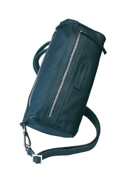 Product, Bag, Musical instrument accessory, Luggage and bags, Shoulder bag, Strap, Leather, Zipper, Messenger bag, Buckle,