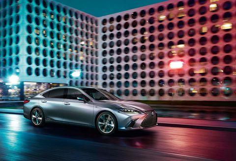 Land vehicle, Vehicle, Car, Mid-size car, Automotive design, Auto show, Concept car, Full-size car, Personal luxury car, Sports car,