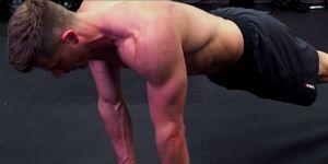 三頭筋 筋トレ   三頭筋 鍛え方   三頭筋 トレーニング