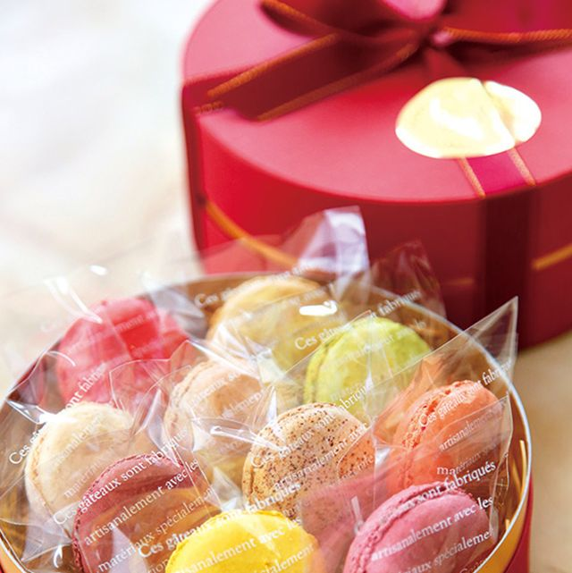 Sweetness, Food, Confectionery, Present, Party supply, Party favor, Pastille, Candied fruit, Peach, Ribbon,