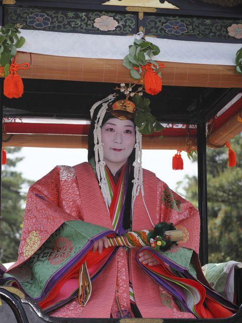 Tradition, Costume, Temple, Costume design, Kimono, Costume accessory, Shimada, Makeover, Sakko, Festival,