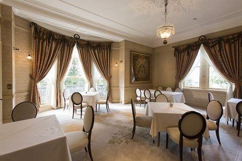 Interior design, Room, Property, Textile, Furniture, Floor, Ceiling, Interior design, Table, Window treatment,