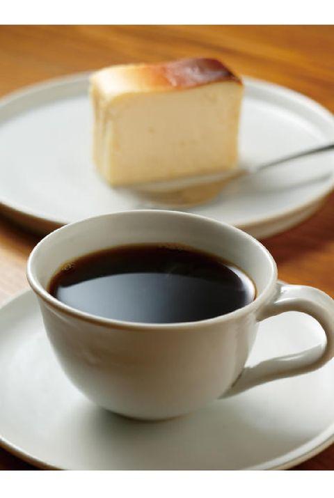 Cup, Coffee cup, Cup, Serveware, Food, Drink, Coffee, Espresso, Saucer, Caffè americano,